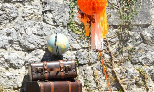 deco-valise-globe-boule-papier-aloki