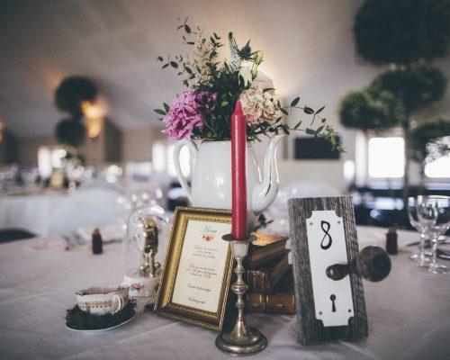 Mariage-alice-au-pays-des-merveilles-numero-de-table-poignée-studio-aloki