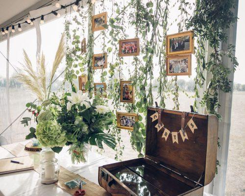 Mariage-menthe-et-vegetal-decoration-urne-studio-aloki