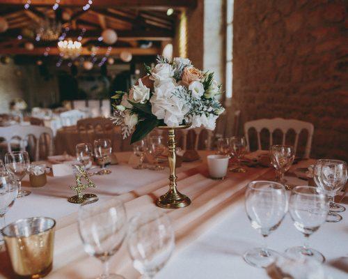 Decoration-table-Mariage-bouquet-fleurs-peche-et-dore-studio-aloki(686)
