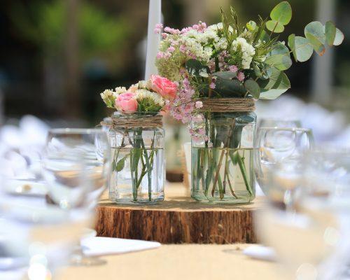 Decoration-table-mariage-sur-la-plage-studio-aloki
