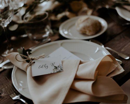 decoration-table-menu-prenom-place-mariage-fleurs-sechees-studio-aloki